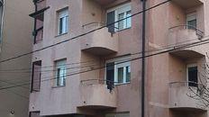 LEKINO BRDO, 32M2+DVORIŠNA terasa, jednoiposoban, UKNJIZEN, VLASNIK-bez provizije, Prizemlje