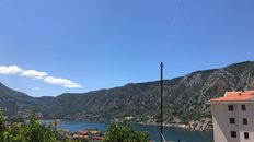 Plac sa prelepim pogledom na zaliv, Dobrota - 2000m2 -> 275€/m2