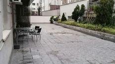 Izdavanje stan Vračar- Stan od 45m2 + terasa  od 30m2, novogradnja