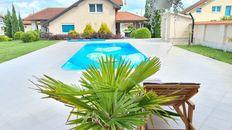 LUKSUZNA Kuća sa BAZENOM, letnjikovac, tereni, dupla garaža, prelepo dvorište LUX 15ari placa