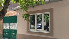 Pančevo-Karađorđeva -  Slatka kuća sa vrtom 3ara