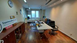 Novi Beograd Poslovni Prostor YUBC 120 m2
