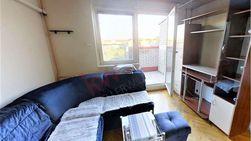 Dvoiposoban, visokofunkcionalan i namešten stan na Bežanijskoj kosi II, na odličnoj lokaciji za porodični život