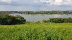 Prodajem plac SLANKAMEN  sa pogldeom na Dunav