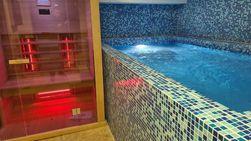 Premium penthaus 300 m2 (luks, garaža, spa centar, uključeni svi troškovi...)