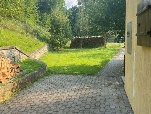 Vrnjacka Banja, kuca 84m2, 2 ara placa, odmah do bazena Sneznik - slika 2