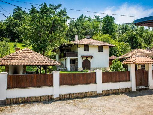 Seosko domaćinstvo Kosmaj - Djurinci - slika 2