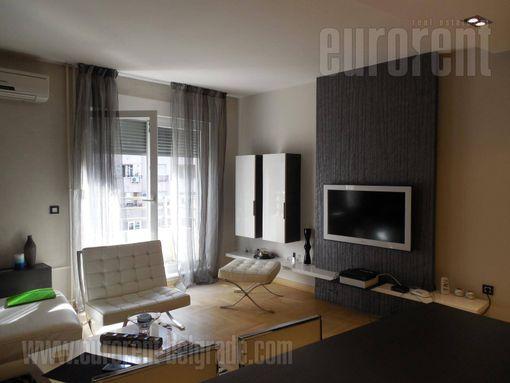 #30458, Izdavanje, Stan, CENTAR, 550 EUR - slika 2