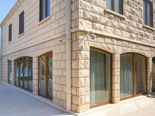 Tivat, Krtole – ekskluzivna vila u prvom redu od mora, sa pontom - slika 3