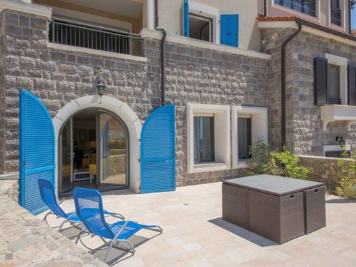 Tivat, Luštica Bay – jednosoban apartman 76m2, sa dvorištem i garažom - slika 2