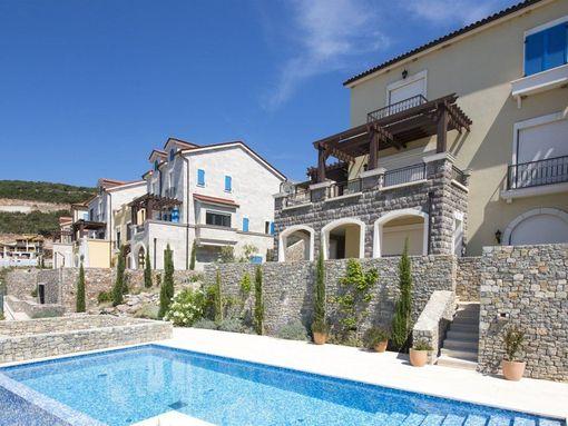 Tivat, Luštica Bay – jednosoban apartman 76m2, sa dvorištem i garažom - slika 3