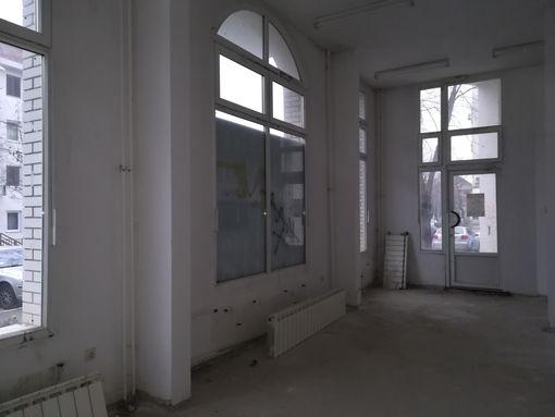 Prodaje se lokal površine 177,19m2 - slika 3