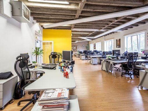 Poslovni prostor - kancelarije 118m2, preko puta Hotela Zira, sa dva parking mesta - slika 2