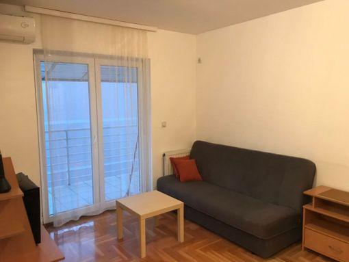 Izdajem 1.5 namešten stan u Mirijevu 37m2 - slika 2