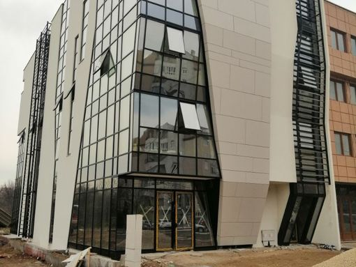 Novoizgradjeni poslovni objekat Duvaniste Nis - slika 3