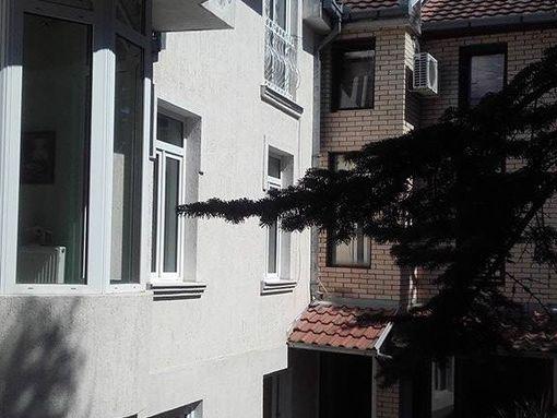 380m2, 3T , kuca VOZDOVAC - slika 2