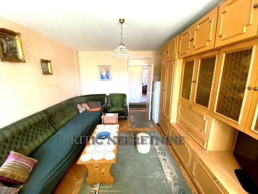Prodajemo divno sređen četvorosoban stan kod Crvenog pevca - slika 2