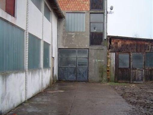Stara Pazova-Poslovni kompleks - slika 3