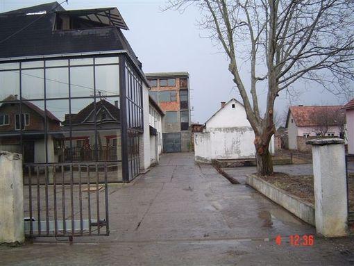 Stara Pazova-Poslovni kompleks - slika 2
