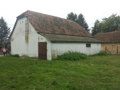 Mileševo,Jožefa Atile 7-Porodična stambena kuća - slika 2