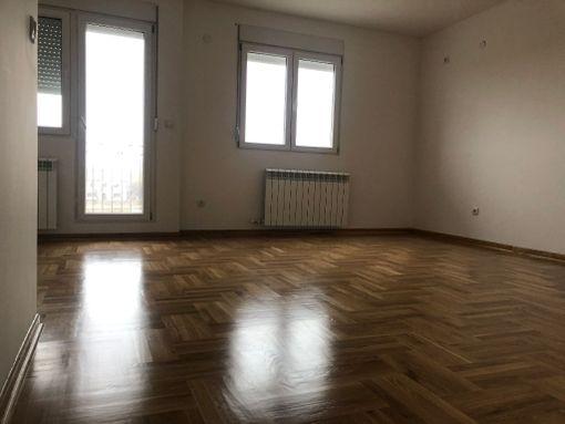 Novi Beograd,Ledine,novi stambeni kompleks - slika 2