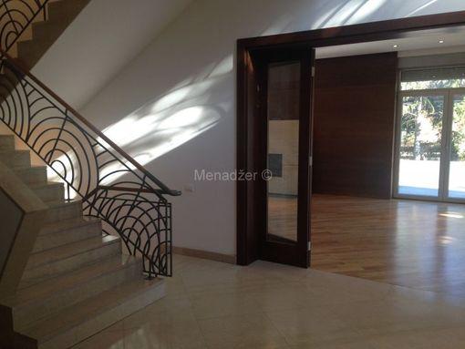 Prodaja kuće, rezidencija, Senjak, 980m2 na 10ari - slika 2