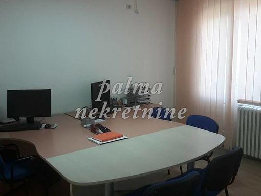 prodajem, stan jednosoban, Kragujevac Centar - slika 3