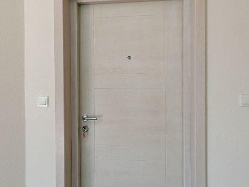 prodajem luksuzan trosoban stan u vili Bellevue u Herceg Novom, 108m2, 194 500€ - slika 3