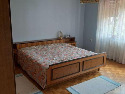 Na prodaju kuca u Vladicinom Hanu - slika 2