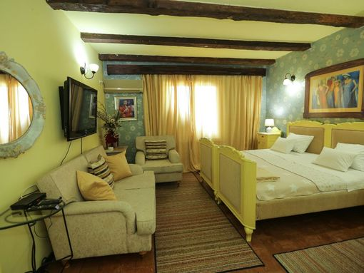 Hotel 1400m2 - 60km od Beograda (razradjen posao) - slika 3