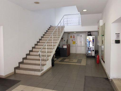 Kancelarije Novi Beograd pored Airport city-a 220m2 340m2 - slika 2
