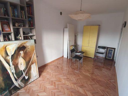 Dvosoban stan u Centru grada - slika 3
