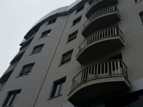 Prodaje se trosoban stan, ulica Dimitrija Tucovića - Zvezdara u blizini Vukovog spomenika