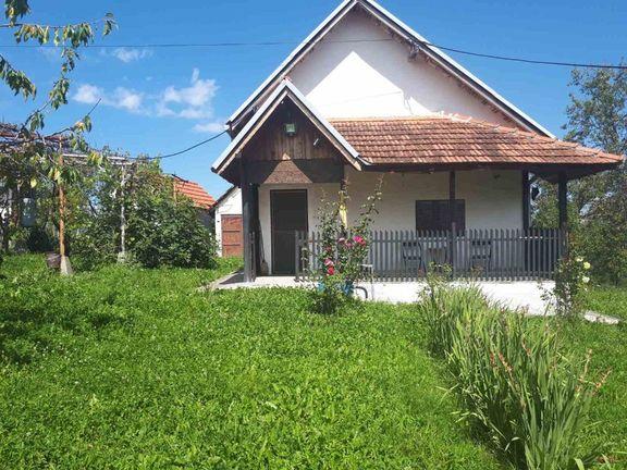 Kuća na prodaju - Arilje, Vigošte