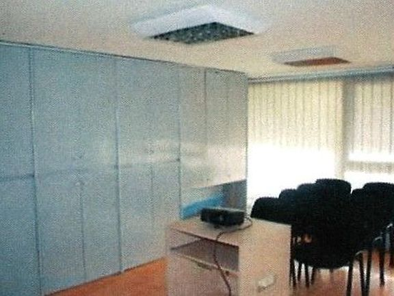 Ruzveltova, PP od 300m2, 11 kancelarija, renovirano ..