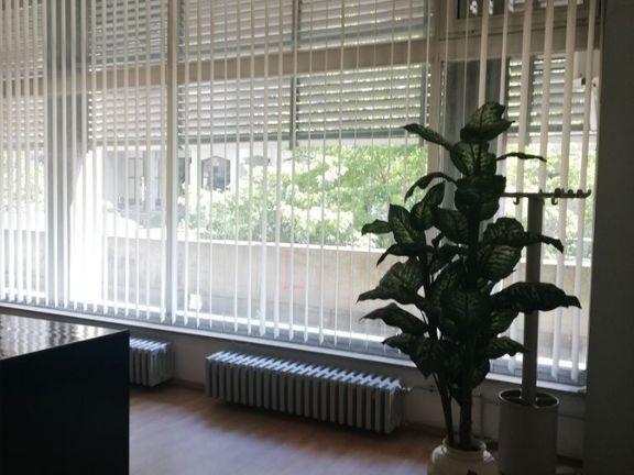 Kancelarija od 41 m2 na Južnom bulevaru