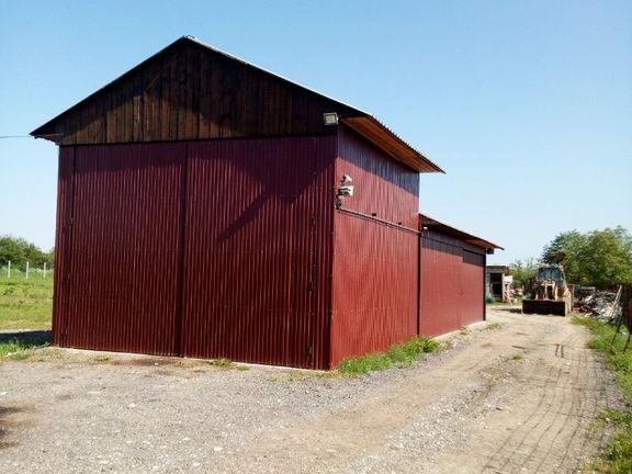 3 hektara Poljoprivredno-Gradjevinskog zemljišta sa hangarom i jezerom