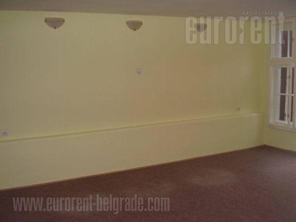 #26097, Izdavanje, P.P., VOŽDOVAC, 400 EUR