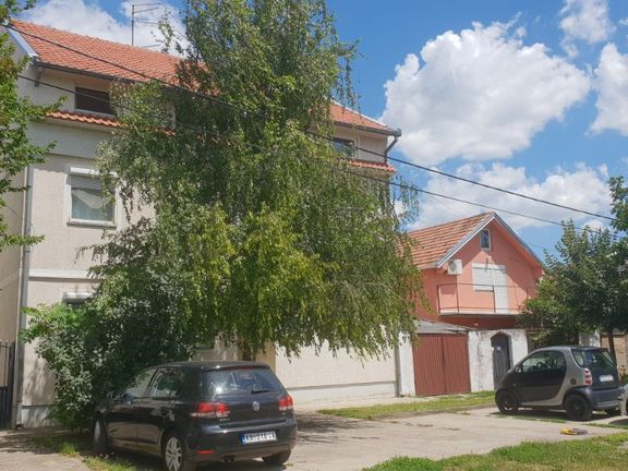Stan u Pančevu 2.5 namešten sa uredjajima 60m2, 59.800e