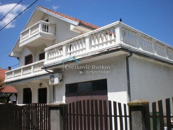 Kuća Na Prodaju Borča