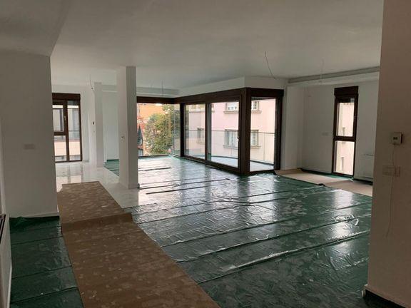 Luksuzni stanovi na Vracaru / polunamesten - 2 garazna - HRAM