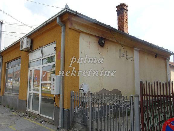 iznajmljujem, poslovni prostor lokal, Kragujevac Centar preko Lepenice