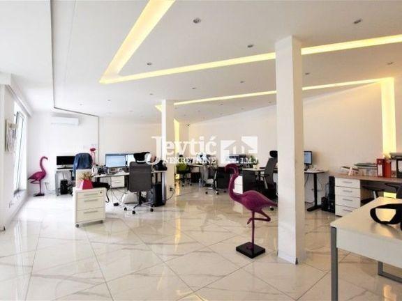 Poslovni prostor u poslovnoj zgradi