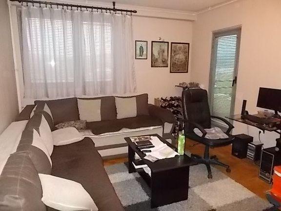 Novo u ponudi, cetvorosoban stan u Palilulama.
