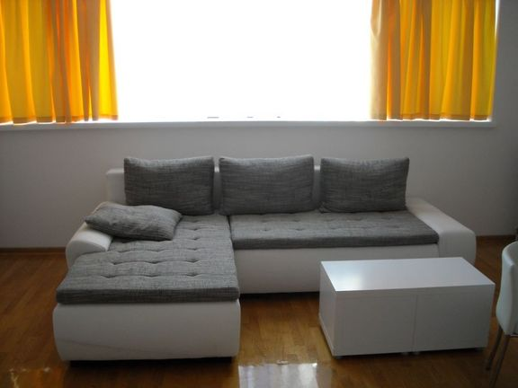 Novi Beograd - Hotel YU - Megatrend - 2,0 s, 60 m2, garaža, novogradnja