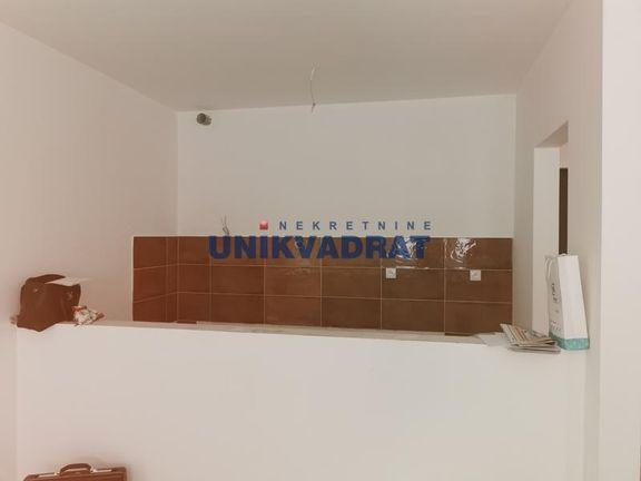 Vračar, Cerska, 1.5, 39 +21 m2 (T), 81.900 ID#1701