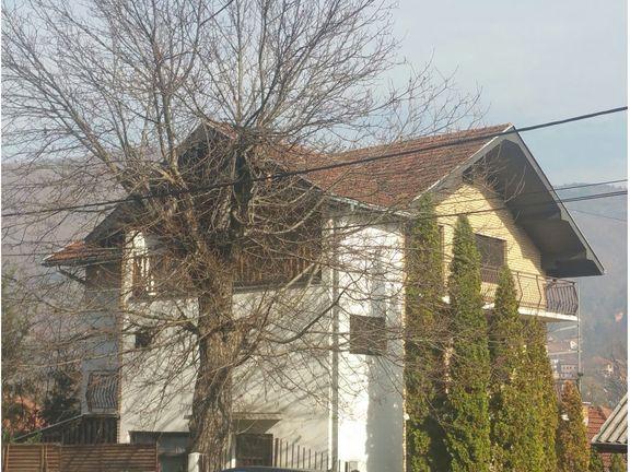 Prodaje se lokal, 87 m2, ul.Milosava Stikovića, Prijepolje