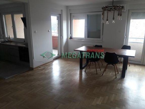 4 soban polunamešten (kuhinja), dupleks, 130 m2, Futoška ulica ID#929