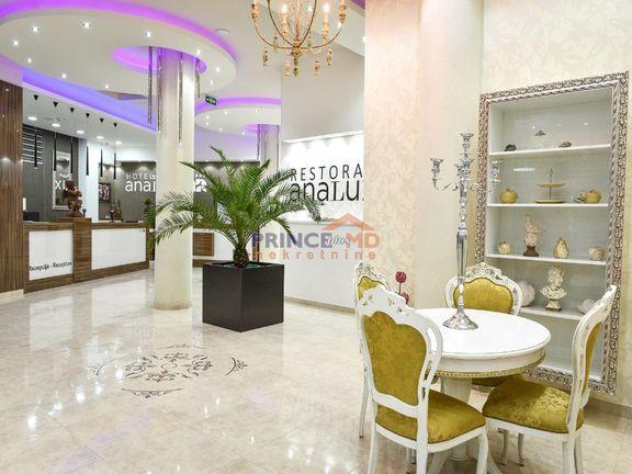 LUX Hotel u centru Pirota od 8373m2,+34ara, parking,park.