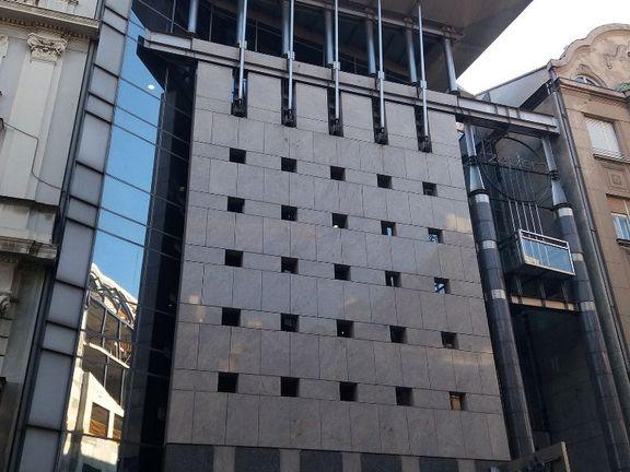 Izdaje se poslovni prostor 150 kvadrata u ulici Kralja Petra